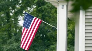 American-Flag-House-46837618-5b7